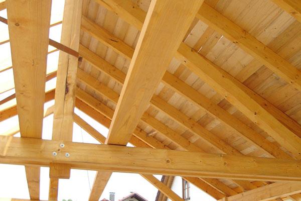 Dachstuhl fürs Wohnhaus